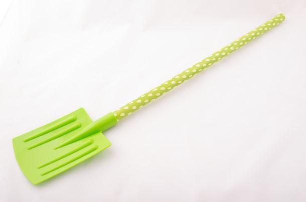 Dětské nářadí LOPATA plastová zelená
