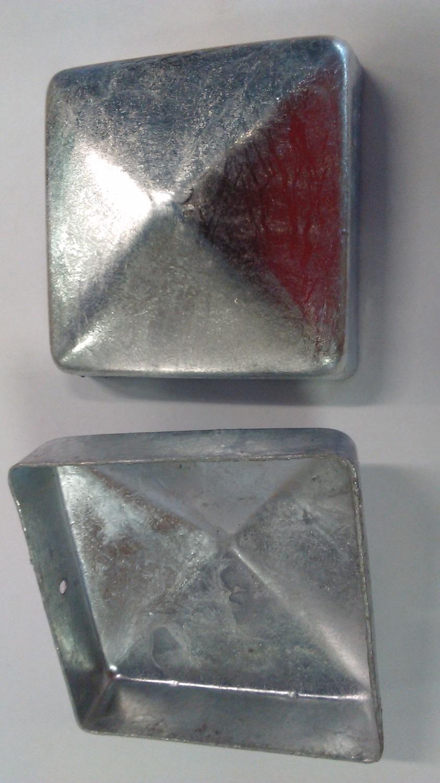 Krytka ve tvaru stříšky - čtvercová pro hranol 9x9cm