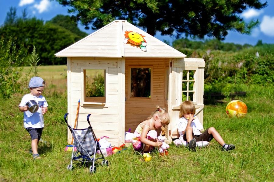 Dětský dřevěný domek M543