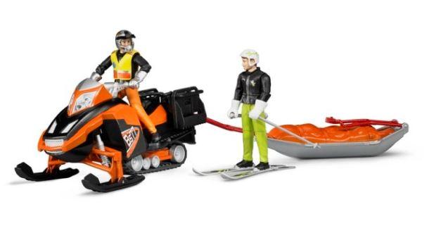 BRUDER - Sněžný skútr se záchranářskými saněmi a figurkou jezdce a lyžaře