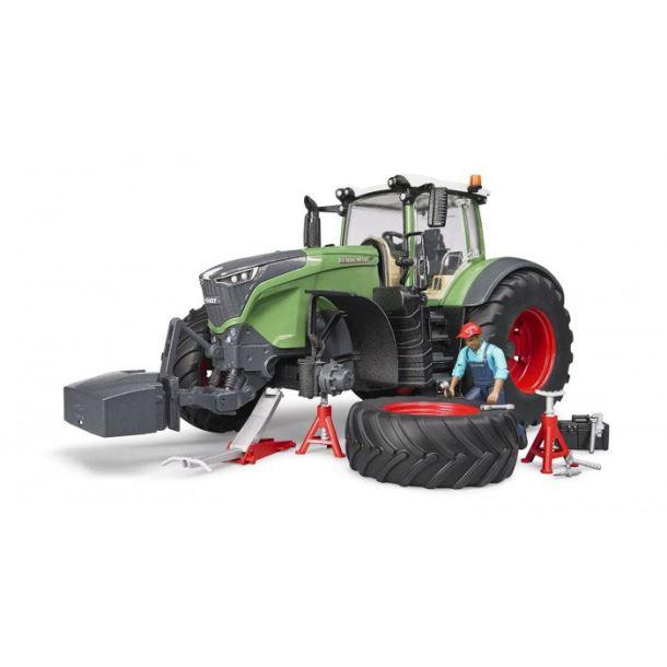 BRUDER -Traktor Frendt s mechanikem