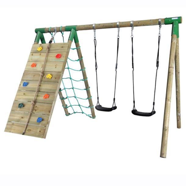 Dětské dřevěné hřiště s houpačky, lezecí stěnou a sítí