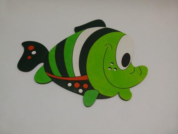 Dřevěná dekorace Ryba zelená 420