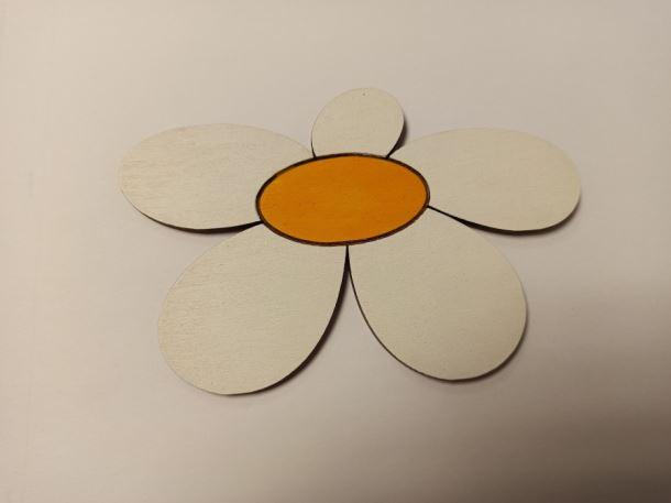 dřevěná dekorace - Kopretina balení 85 1ks/bal.