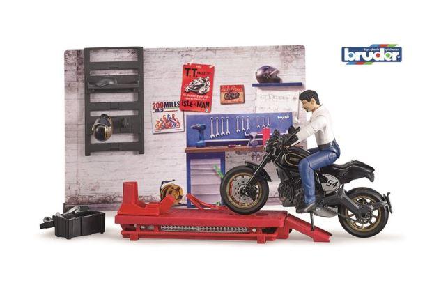 BRUDER Motodílna s figurkou mechanika a motorkou