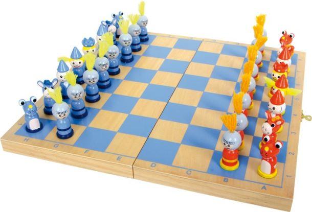 Dřevěné šachy Rytíř