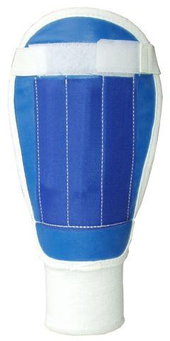ACRA F844 Fotbalové chrániče - 3 velikosti, bez potisku
